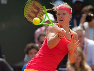 Kiki Bertens racquet specifications
