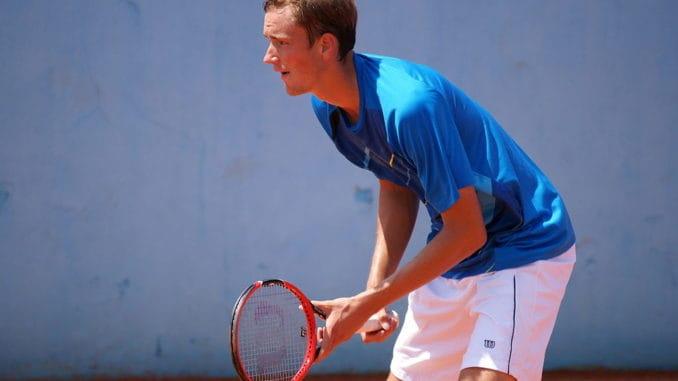 Daniil Medvedev v Jan-Lennard Struff Live Streaming & Predictions