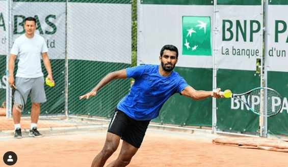 Prajnesh Gunneswaran registered another easy win at the 2019 Shanghai Challenger to make it to the last-four stage on Friday.